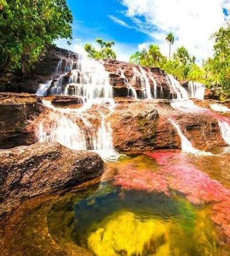 آبشار هفت رنگ مجن